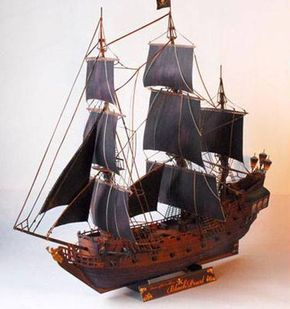 """Recortable de papel o cartulina del Barco Pirata """" La Perla Negra """" del Capitán  Jack Sparrow"""