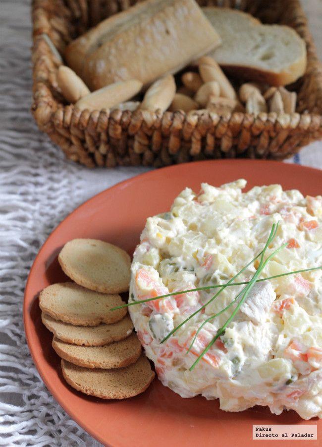 Recopilamos las mejores recetas de tapas para que puedas comer a base de picoteo disfrutando con ideas fáciles como croquetas, empanadillas y otras