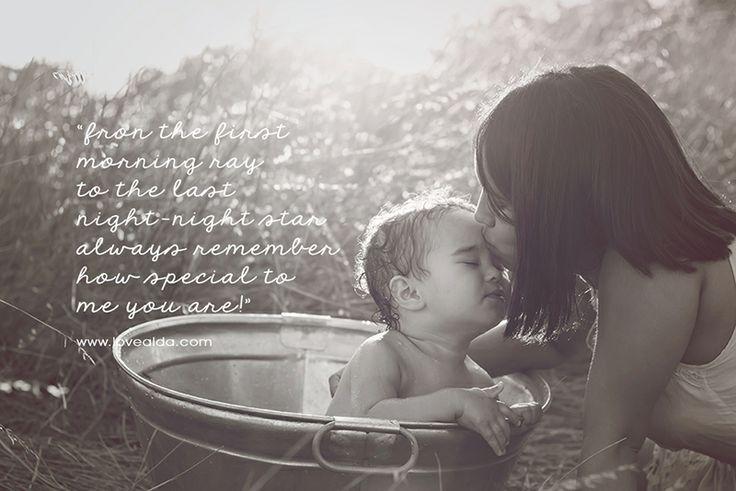 Family photography mom daughter you are special bond perfect wisdom www.lovealda.com