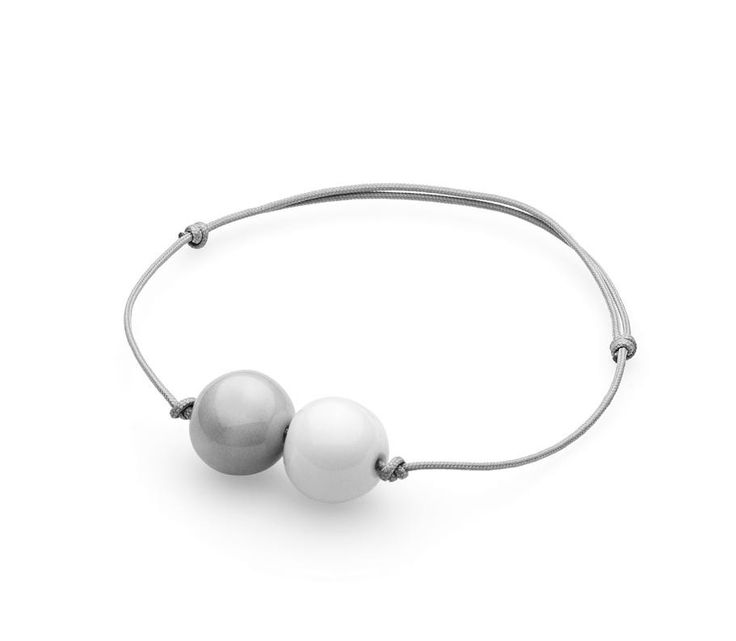 element pearl bracelet white - Spotted at the Anne Black website http://www.anneblack.com