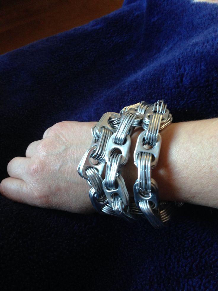 Armband van lipjes