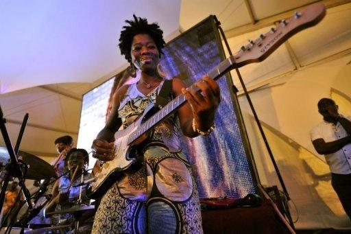 Jo Labi, Ivory Coast's first all women band