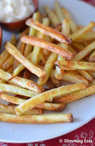 How to Cook Perfect Baked Oven Fries | Slimming Eats - Slimming World Recipes. I think I may have cooked mine a little to long, but they are delicious and I felt so much less guilty knowing they weren't fried.