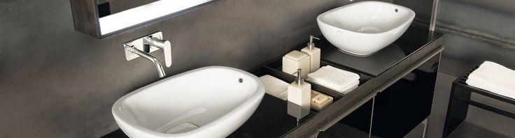 Bekijk het brede assortiment van badmeubelen wastafels op onze website of in de showroom. Van bekende A-merken tot een eigen Huyscollectie!