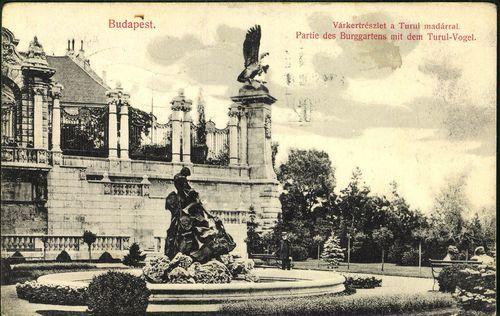 Budapest. Várkert részlet a Turul madárral   Képcsarnok   Hungaricana