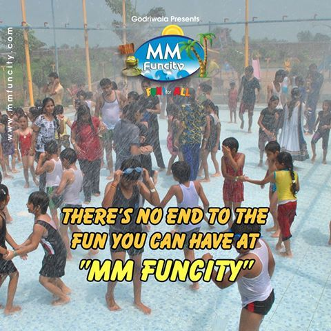 There's no end to the fun you can have at MM funcity. Unwind in water rides and let all your stresses float away !! For More: https://goo.gl/Su9dWZ #MMFUNCITY #Fun #Chhattisgarh #Raipur
