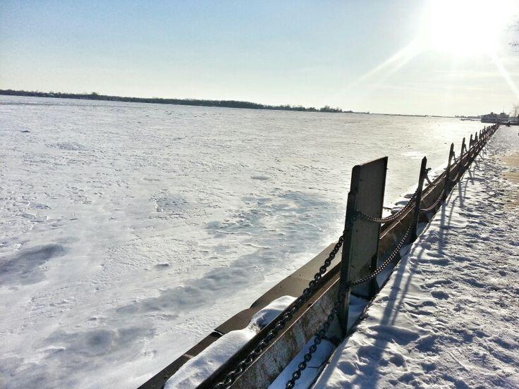 Lake Ontario #frozen