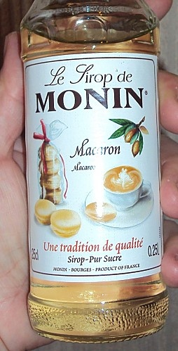 Brioche feuilletée individuelle, saveur macaron (Sirop Monin)