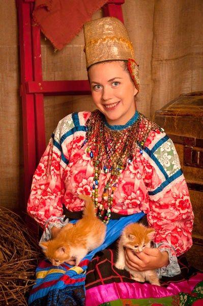 Russian Women Festive 117