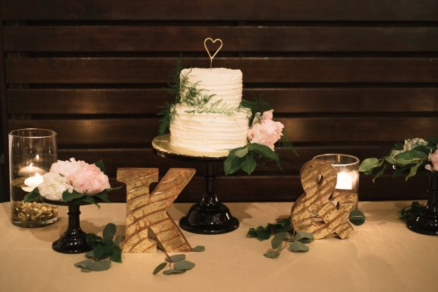 posh wedding cake toppers 27 best k a axis pioneer square wedding images on 18704