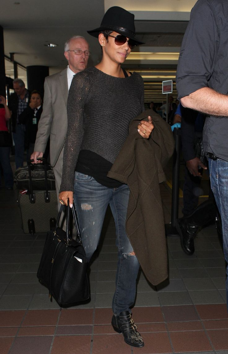 Pregnant Halle Berry Departing On A Flight At LAX