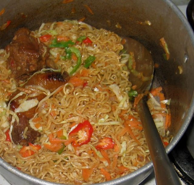 wives connection: All Naija Indomie Noodles With Chicken, Eggs, Vegetables And Fish