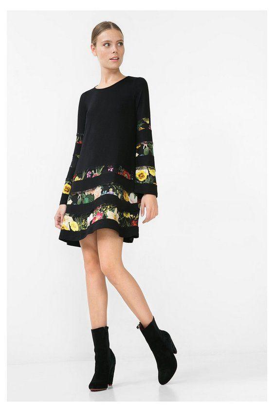 Vestito nero con fiori - Flare Sleeve Scopri la collezione autunno/inverno 2016. Resi e spedizione in negozio gratis!