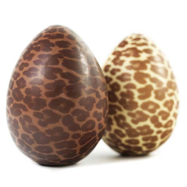 As crianças adoram receber e comer ovos de páscoa, nesta altura as prateleiras do supermercado enchem-se de doces tentações, ovos de páscoa de todos os tam