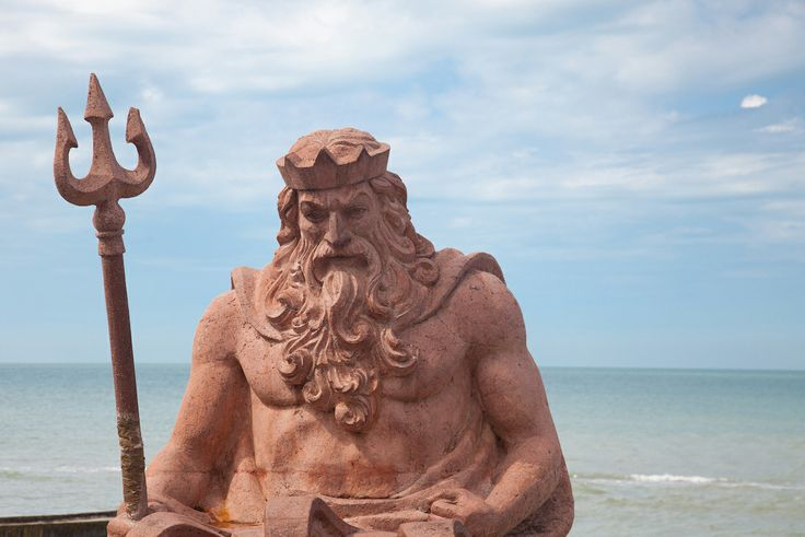 Сочи.  Нептун на набережной.