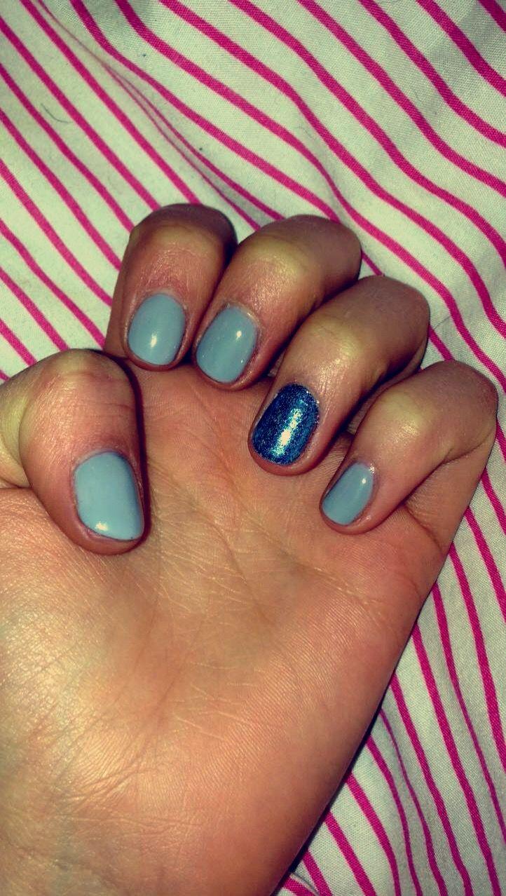 Grey gel polish with blue glitter ✨