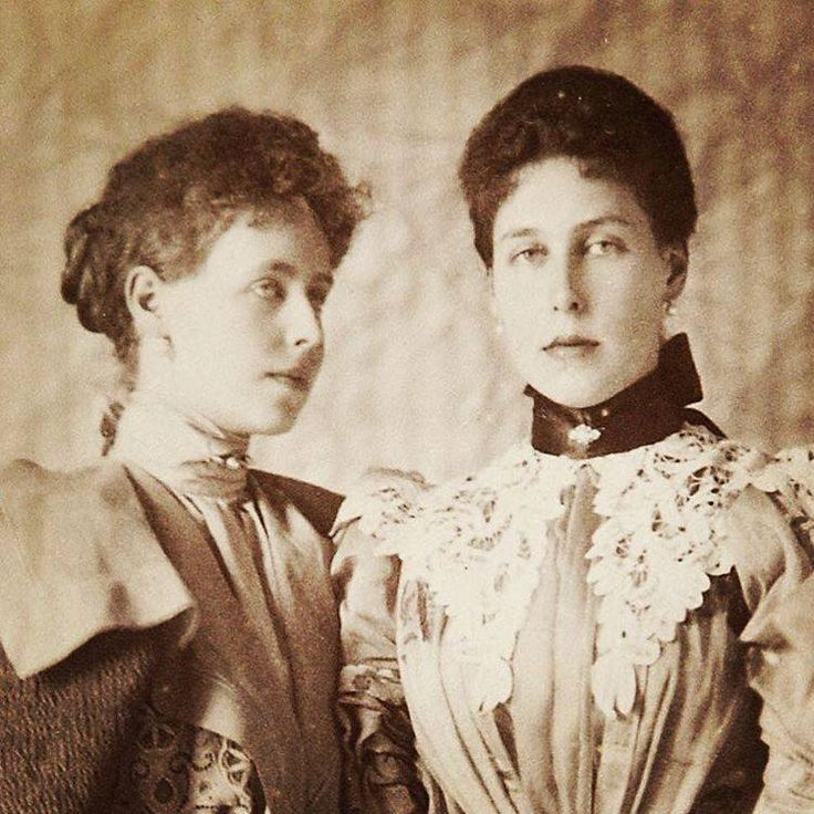 Marie (Missy) Crown Princess of Romania and Princess Victoria Melita (Ducky) Grand Duchess of Hesse and by the Rhine. 1896