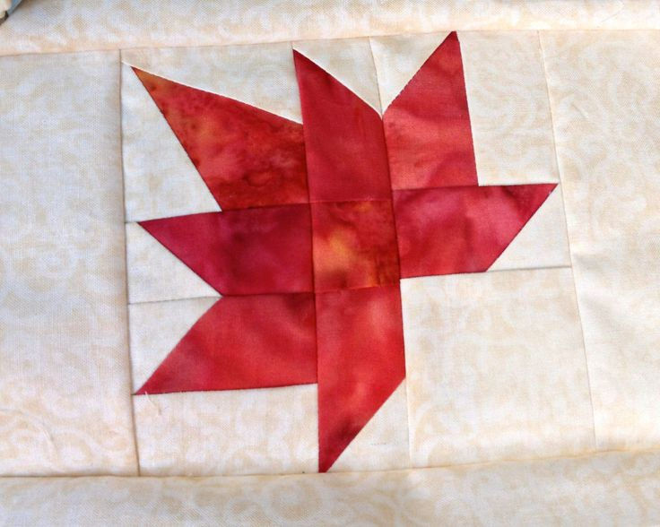Leaf Quilt Pattern Blocks : 24 best images about Table (Piano) Runners on Pinterest Free pattern, Runners and Quilt