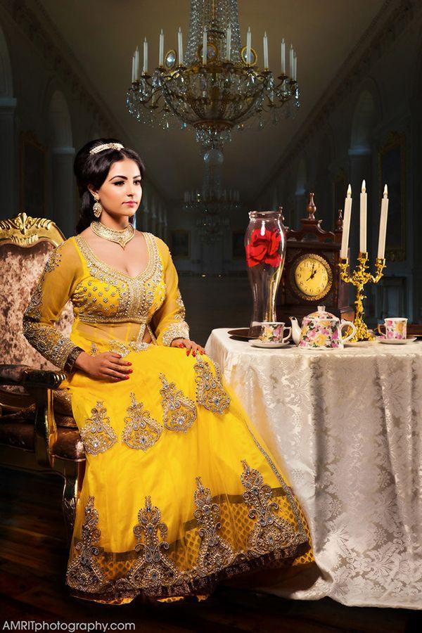 A Bela e a Fera em seu vestido adaptado para o estilo indiano pelo  fotógrafa Amrit Grewal
