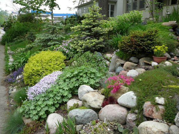6 Beautiful Garden Design Terms Ideas Modern Design Rock Garden Design Sloped Garden Backyard Garden Landscape