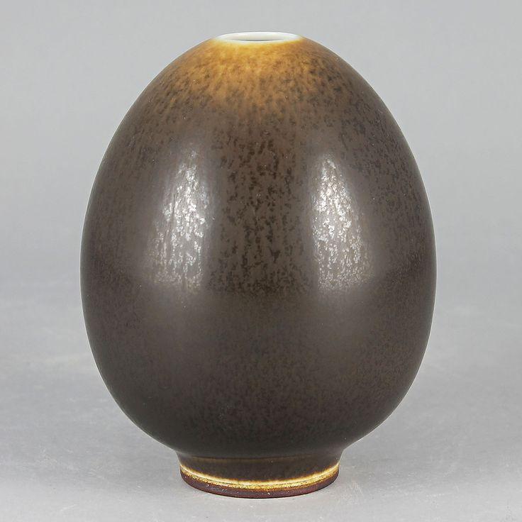 Berndt Friberg (1962) Unique Brown Haresfur Vase