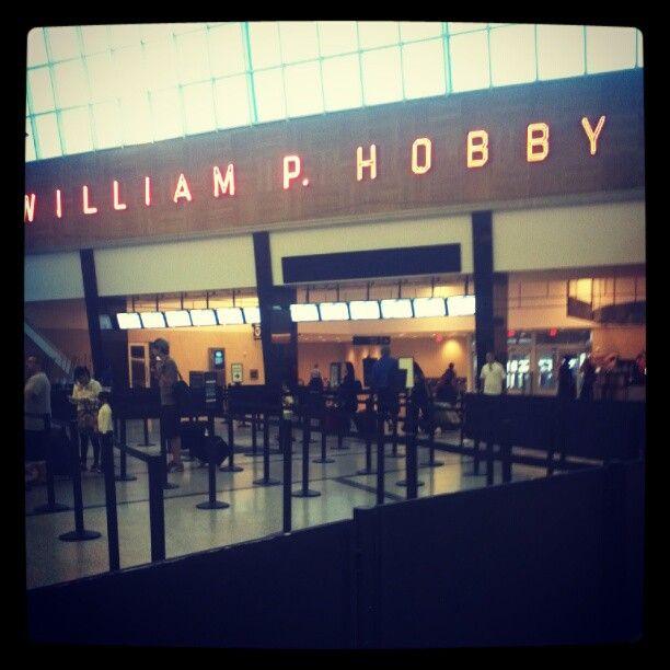 William P Hobby Airport (HOU)