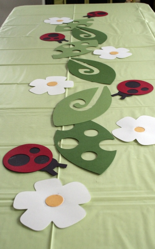 Cricut lady bug table runner - cute for a birthday party