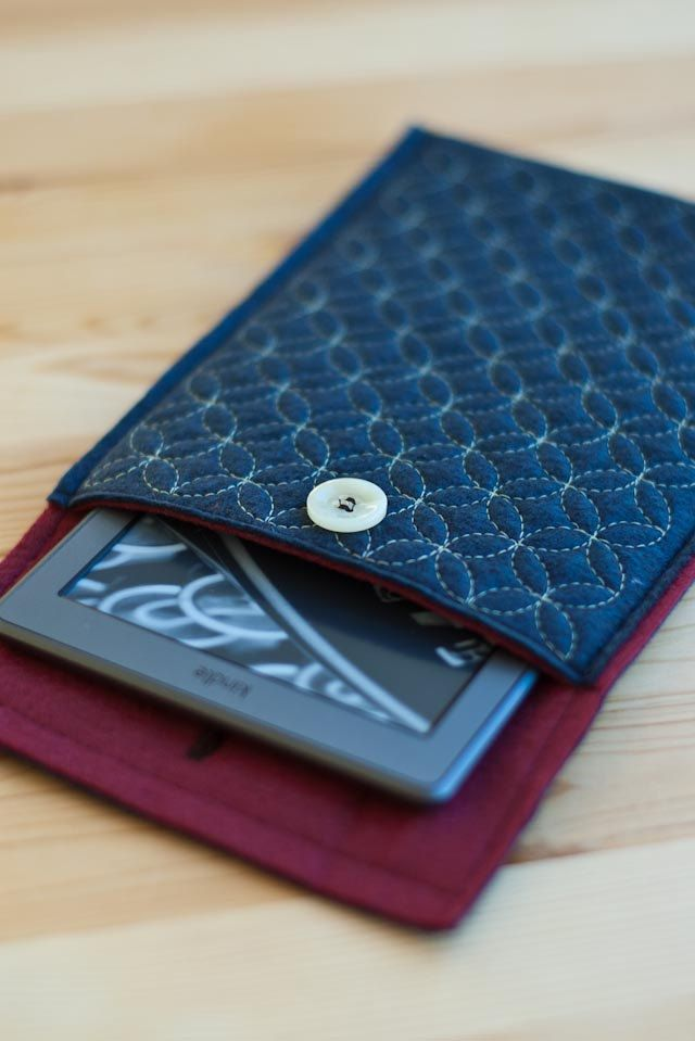 Sashiko Kindle e-reader case. via Etsy.
