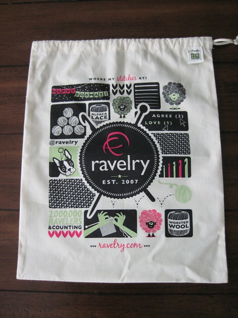 Check it out, I designed this bag, won a contest, and now its up for sale on Ravelry! $8.50