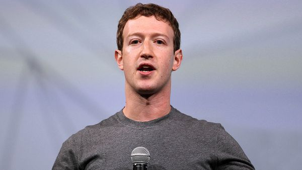 Facebook Clarifies Site Not Intended To Be Users' Primary Information Source - The Onion - America's Finest News Source