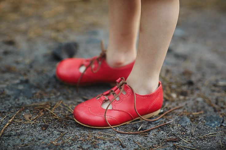 Red shoes by Manuela de Juan - Vivi  Oli Baby Fashion Life