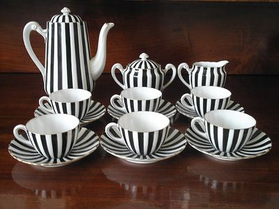 Black and White Striped Tea Set