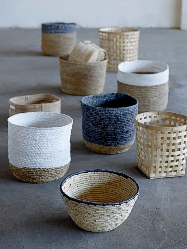 baskets in different material and colour