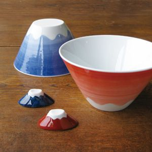 Mt Fuji bowls from Japan... very cute!