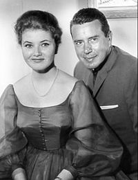 Bachelor Father, 1961.Noreen M. Corcoran (October 20, 1943 – January 15, 2016)[1] was a former actress and dancer best known for her costarring role in the television sitcom Bachelor Father, as the teenager Kelly Gregg, the niece of wealthy attorney Bentley Gregg, played by John Forsythe.