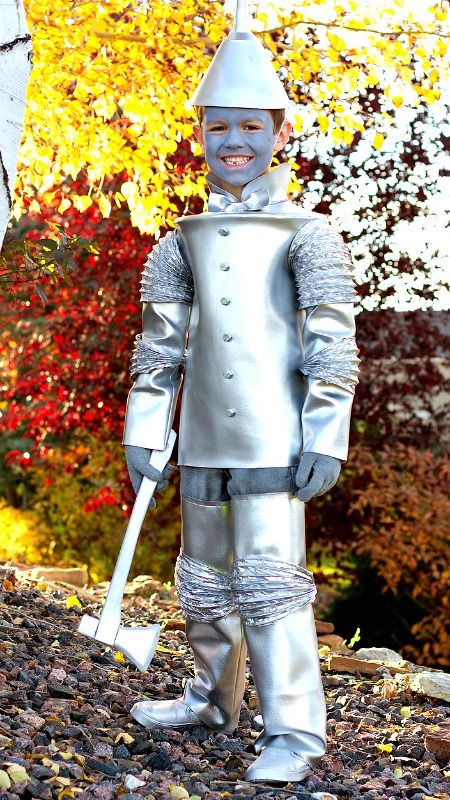 DIY Tin Man Costume from Wizard of Oz ~ great tutorial