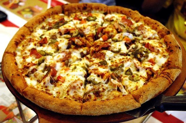 Papa johns big bonanza fresh dough with bbq sauce topped - Papa john s pizza garden fresh pizza ...