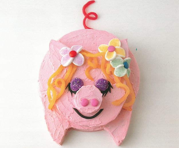 Little Piggy | The Definitive Ranking Of Women's Weekly Children's Birthday Cakes