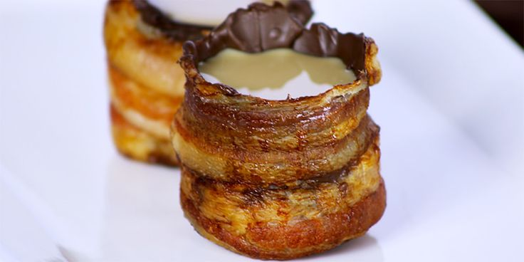 Bacon shot glasses dipped in chocolate and filled with whisky