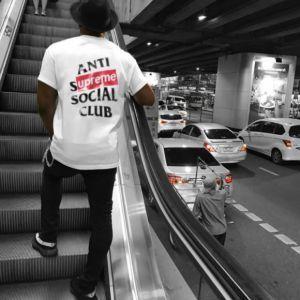 """ANTI SOCIAL SOCIAL CLUB & SUPREME T-SHIRT LOGO PRINT - #supreme explore Pinterest""""> #supreme… - https://sorihe.com/fashion01/2018/03/10/anti-social-social-club-supreme-t-shirt-logo-print-supreme-explore-pinterest-supreme/"""