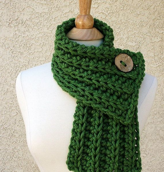 WEST BAY SCARF in Green - handmade by www.BehindMyPicketFence.com