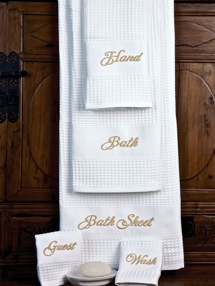 best 25  monogram towels ideas on pinterest
