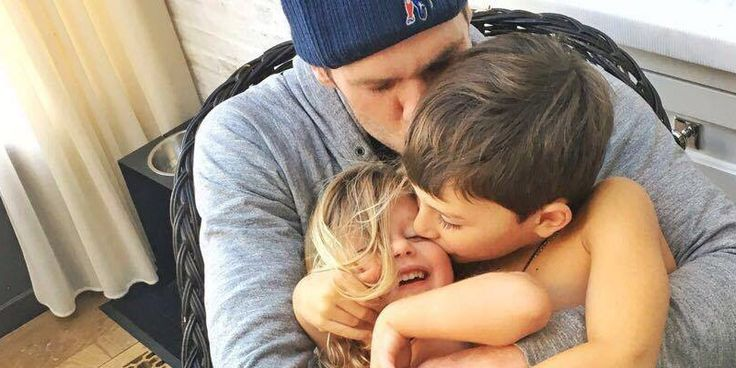 Tom Brady Spends Time With Gisele Bundchen And Kids After Losing Chance at Superbowl - http://www.movienewsguide.com/tom-brady-spends-time-gisele-bundchen-kids-losing-chance-superbowl/153141