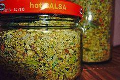 Getrocknete Gemüsebrühe, ein sehr schönes Rezept aus der Kategorie Spezial. Bewertungen: 62. Durchschnitt: Ø 4,1.
