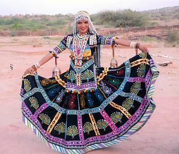 kalbelia Indian dancer. www.bhuz.com #bellydance