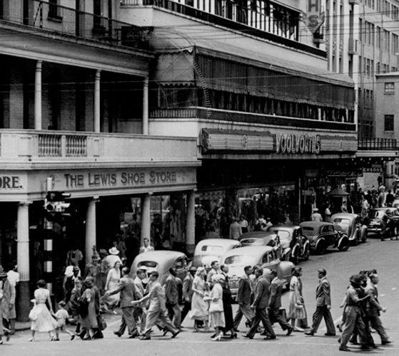 Johannesburg street scene 1951