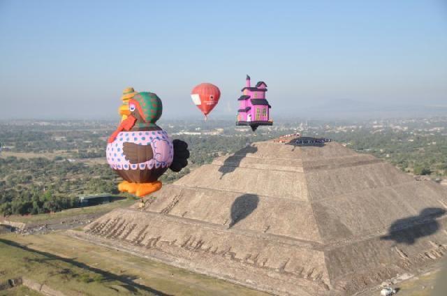 Ven este 14, 15 y 16 de Marzo a Teotihuacán y Tomate Fotos Increíbles Con Mas de 30 Globos Aerostáticos en Acción, Entradas GRATIS en Este Link