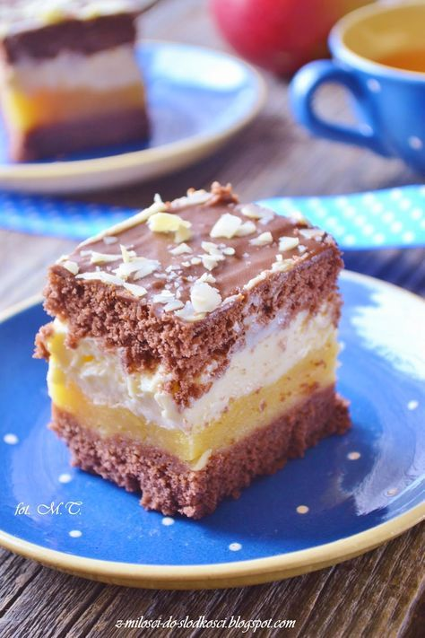 Z miłości do słodkości...: Kilimandżaro - ciasto z jabłkami