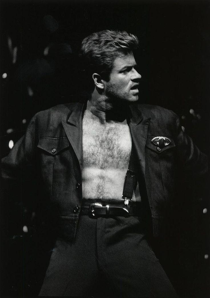 Artists Profile: George Michael https://mentalitch.com/artists-profile-george-michael/