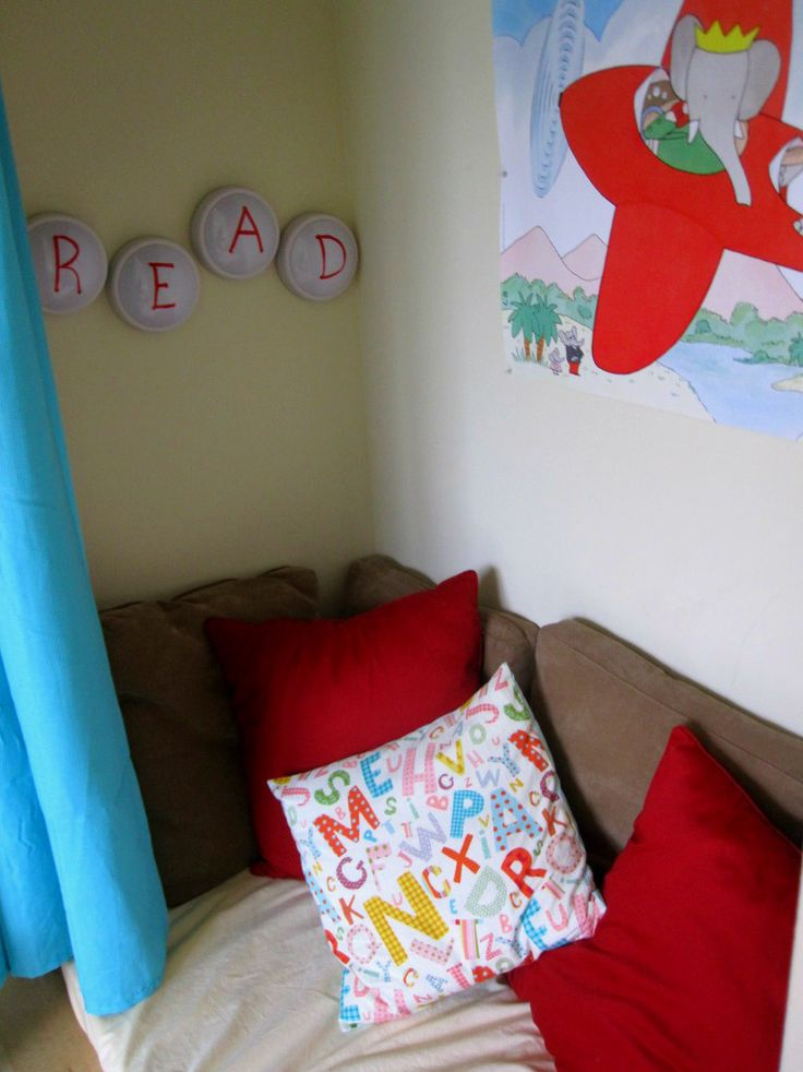 How To Set Up A Playroom Floor cushions, The floor and Nooks